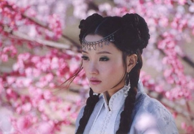 Lý Tiểu Lộ từng là một ngôi sao tên tuổi của màn ảnh Hoa ngữ với những vai hiền lành, trong sáng…