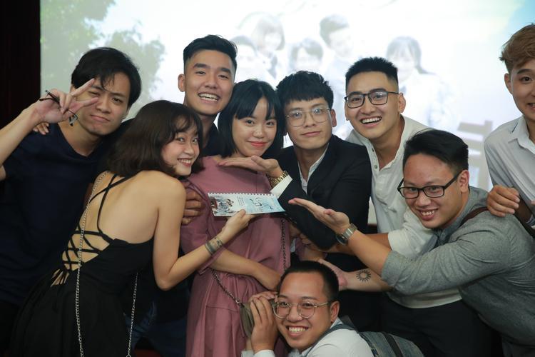 Dàn diễn viên mới đầy trẻ trung góp mặt trong tác phẩm.