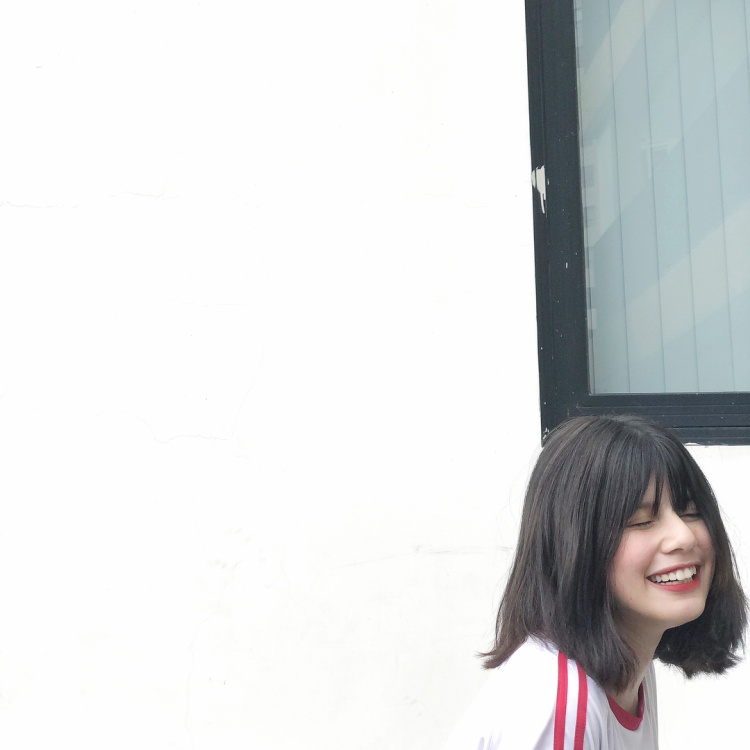 Thêm một nữ sinh 10X ở Hà Nội chứng minh chân lý: Con lai bao giờ cũng đẹp hết phần người khác!