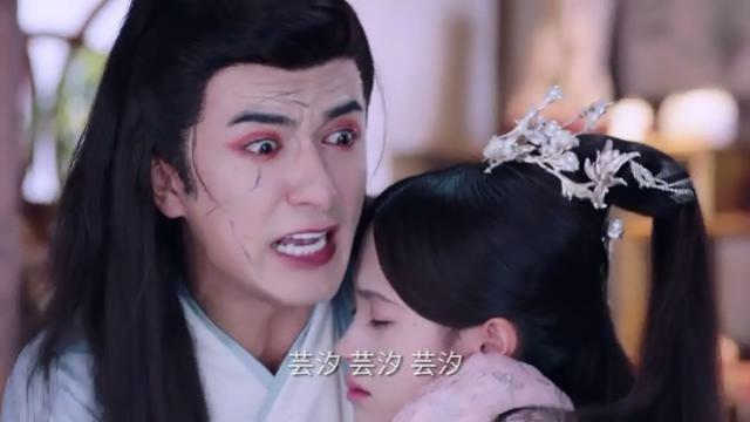 Vân Tịch chết trong vòng tay Cố Thất Thiếu, ép chàng đồng ý dùng máu mình cứu Tần Vương