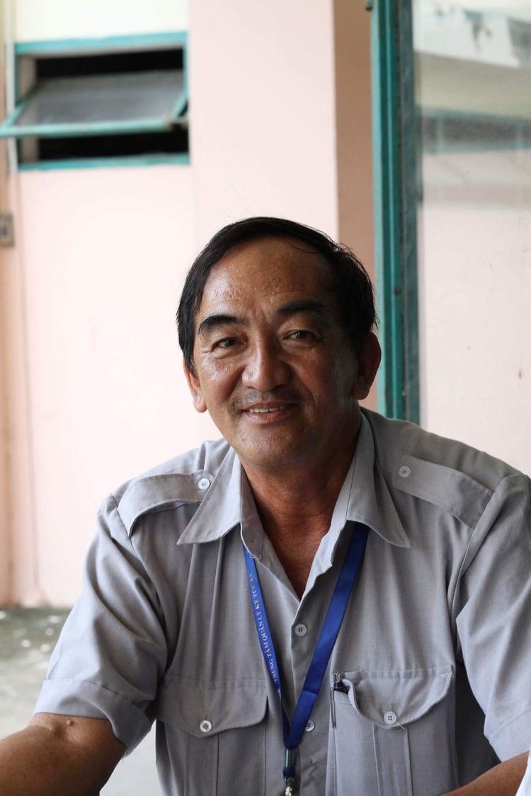 Đây là bố Huệ - anh ruột của bố Bảo, năm sau bố sẽ về hưu, kết thúc một giấc mơ đẹp tại KTX ĐHQG.