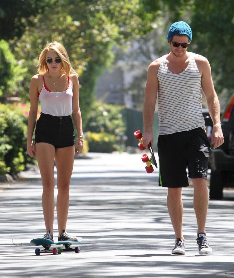 Tuy họ vẫn bên nhau nhưng Miley vẫn chưa sẵn sàng kết hôn.
