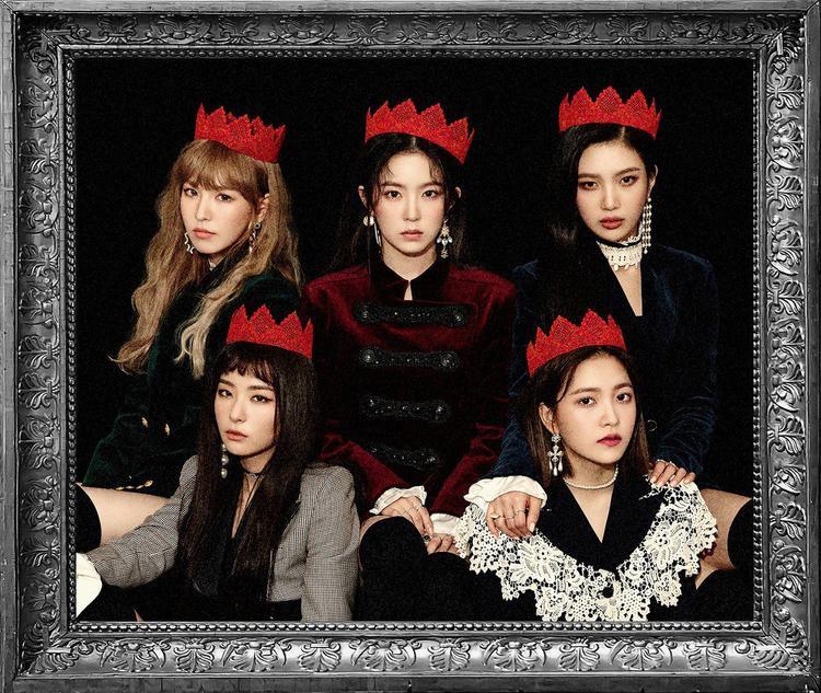 Một vài hình ảnh của Red Velvet trong thời kì Peek A Boo.