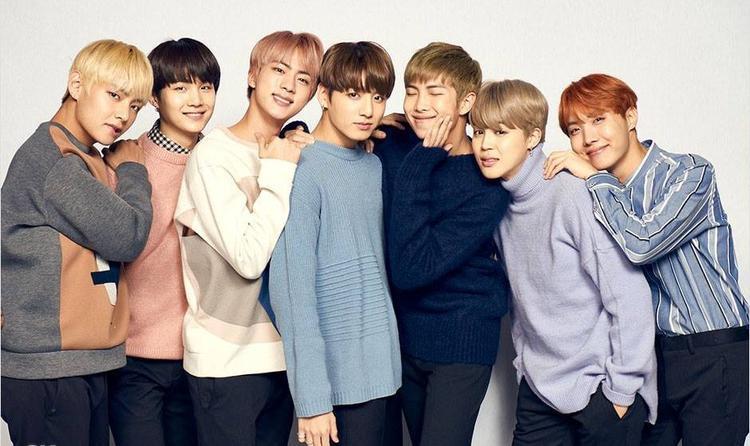 …cùng những cậu trai đáng yêu và đầy phong cách của nhóm nhạc BTS?