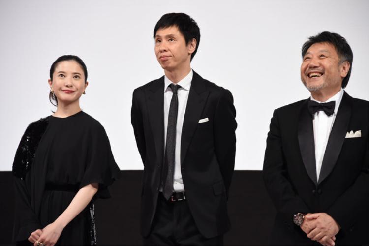 Từ trái qua: Yoshitaka Yuriko, Ohkura Koji, đạo diễn Harada Masato