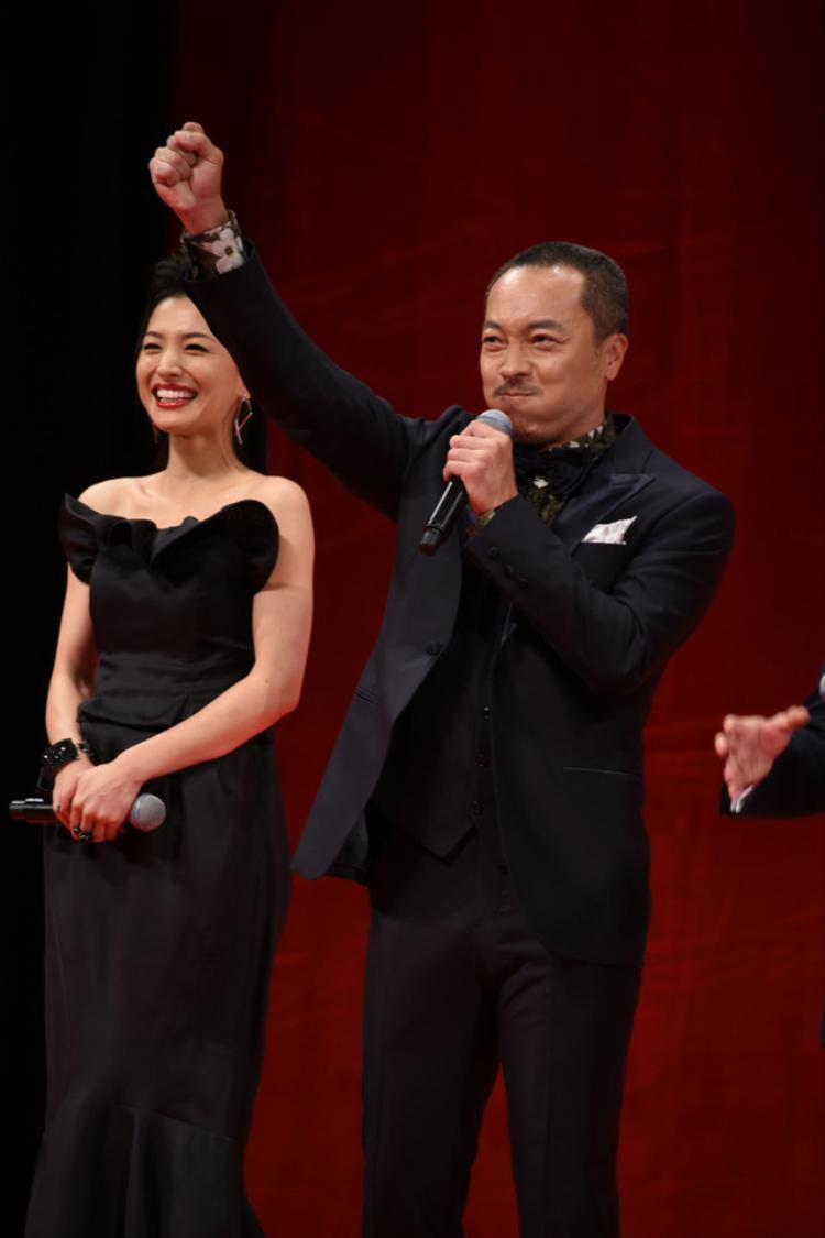 Từ trái qua: Ashina Sei, Otoo Takuma
