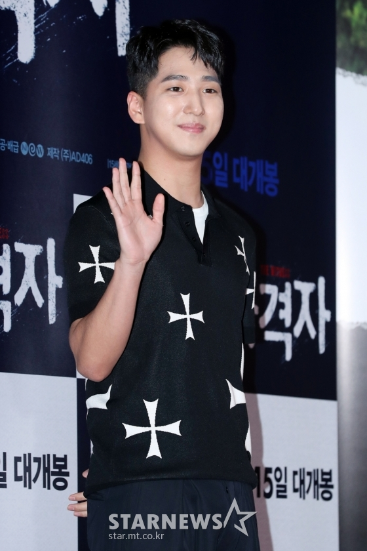 Nam ca sĩ kiêm diễn viên Baro của B1A4.