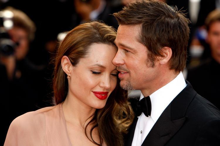 Bị tố thiếu trách nhiệm, phía Brad Pitt kê ra số tiền anh đã chu cấp và gọi Angelina là kẻ dối trá