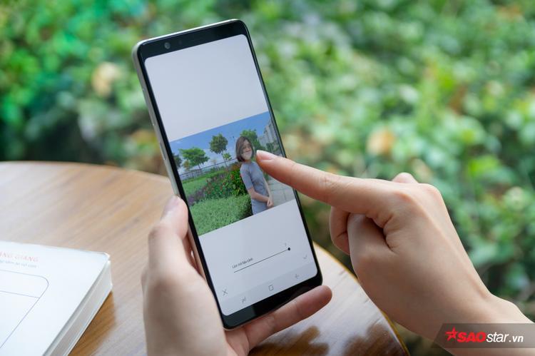 """Lỡ chụp vội có bị out nét cũng đừng lo, các ứng dụng hay tình năng trên smartphone bây giờ dễ dàng """"cứu bạn một bàn thua trông thấy"""""""