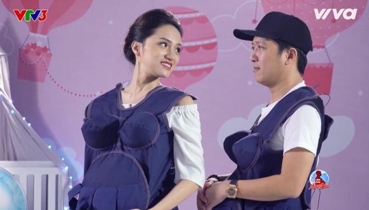 Hương Giang luyến tiếc khi phải rời xa chiếc bụng bầu.