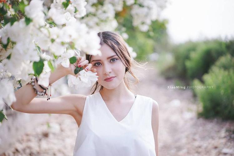 Ngẩn ngơ trước vẻ đẹp quyến rũ của những bông hồng lai mới nổi, làm điêu đứng cộng đồng mạng