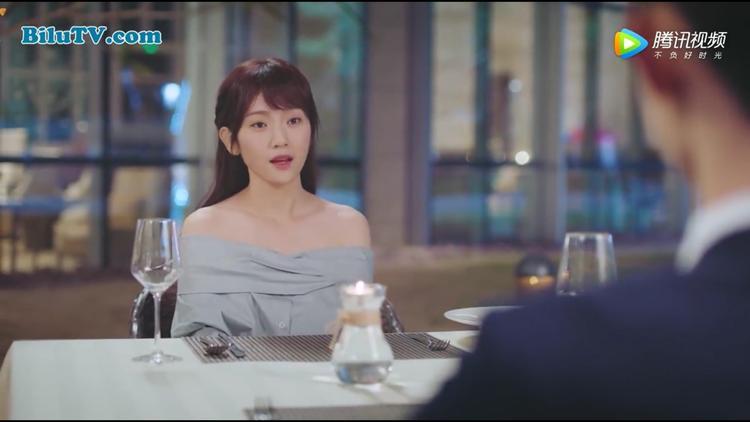 Tư Đồ Phong bất ngờ về nhan sắc của nữ chính đóng chung MV với mình, còn Cố Nam Tích ngạc nhiên khi gặp lại cô gái xinh đẹp ngày nào mình đã gặp