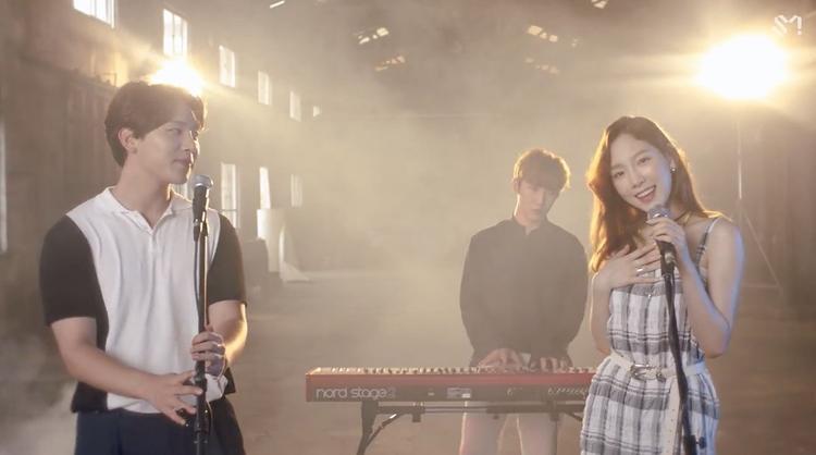 MV Kpop tuần qua: Liệu Red Velvet có hot hơn tân binh khủng long của nhà JYP?