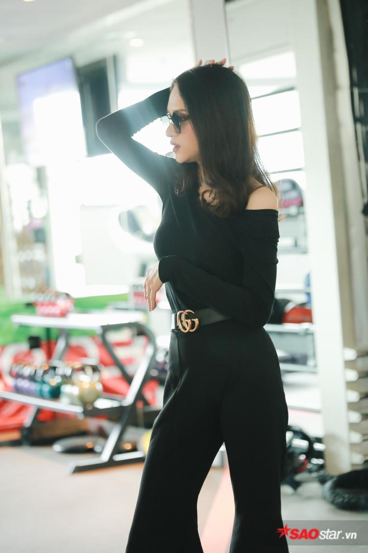 Việc người đẹp đảm nhận vị trí HLV của Siêu mẫu Việt Nam 2018 là điều không nằm ngoài dự đoán của khán giả. Bởi trước đó, cô nàng từng 2 lần đến hướng dẫn, chỉ dạy dàn chân dài.