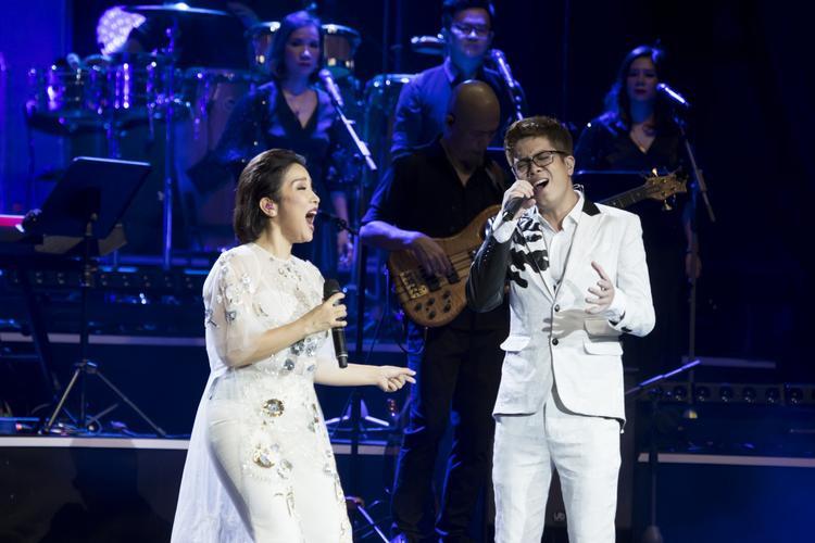 Nữ ca sĩ song ca cùng Bùi Anh Tuấn song ca những bản ballad khó quên trong sự nghiệp của mình.
