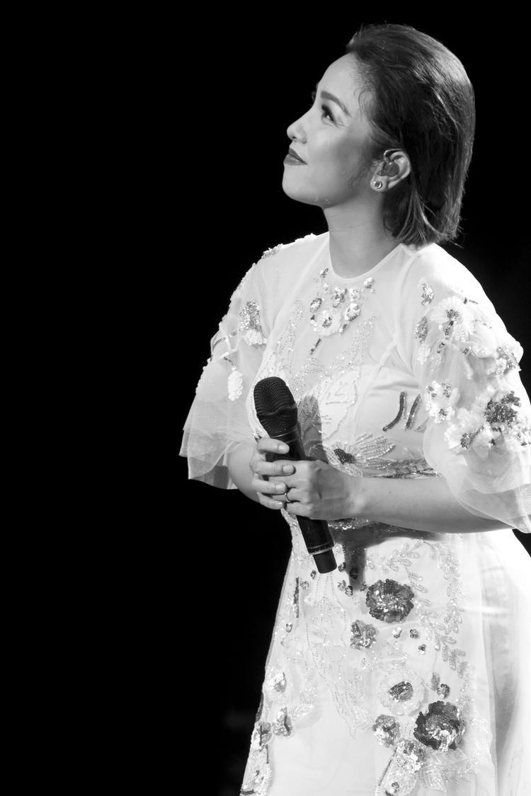 Một số hình ảnh đáng nhớ trong đêm diễn đầu tiên của Mỹ Linh tour tại Hà Nội.