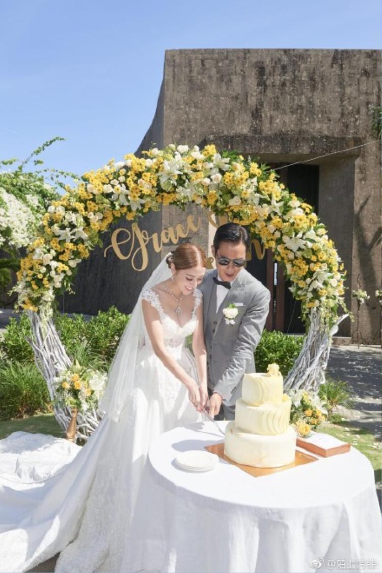 Địa điểm cử hành hôn lễ của cặp đôi vừa sang trọng, vừa lãng mạn