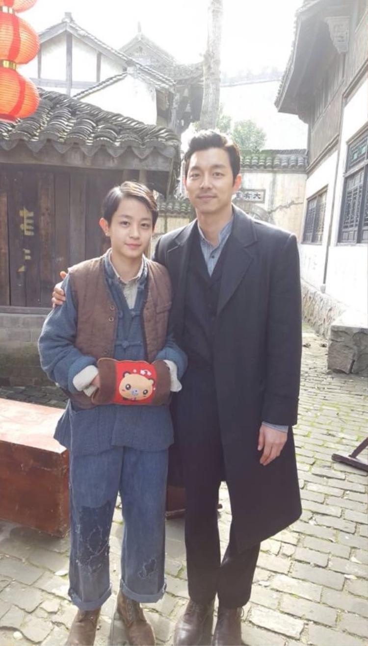 """Để lại ấn tượng trong phim điện ảnh """"The Age of Shadows"""" cùng Gong Yoo và Han Ji Min."""