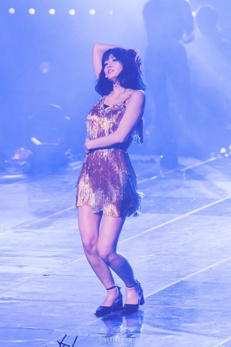 TWICE cover hit của Ong chúa Beyonce: Quá nhiều khoảnh khắc bánh bèo trên một sân khấu nữ quyền hừng hực!