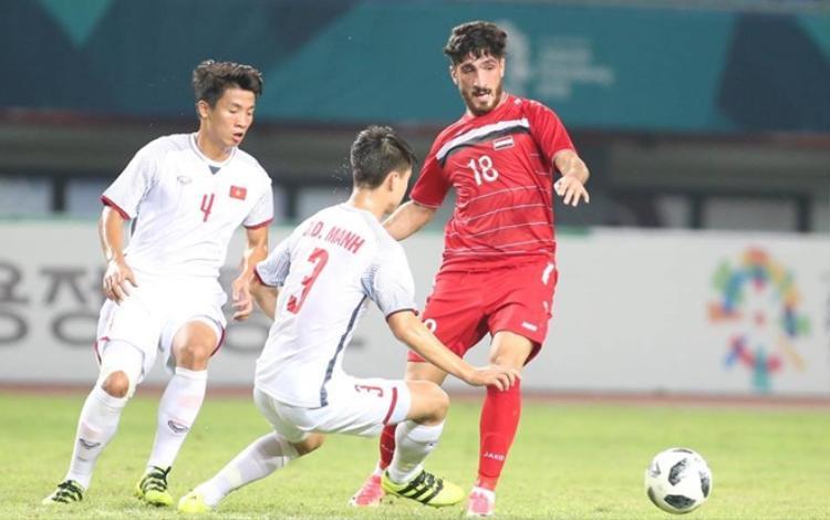 U23 Syria ép sân nhưng không dám đẩy lên tấn công hết sức.
