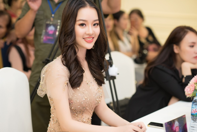 Sau vai trò làm giám khảo, Hoàng Hải Thu sẽ lấn sân sang lĩnh vực điện ảnh, bắt đầu bằng một bộ phim khởi quay vào tháng 9 này.