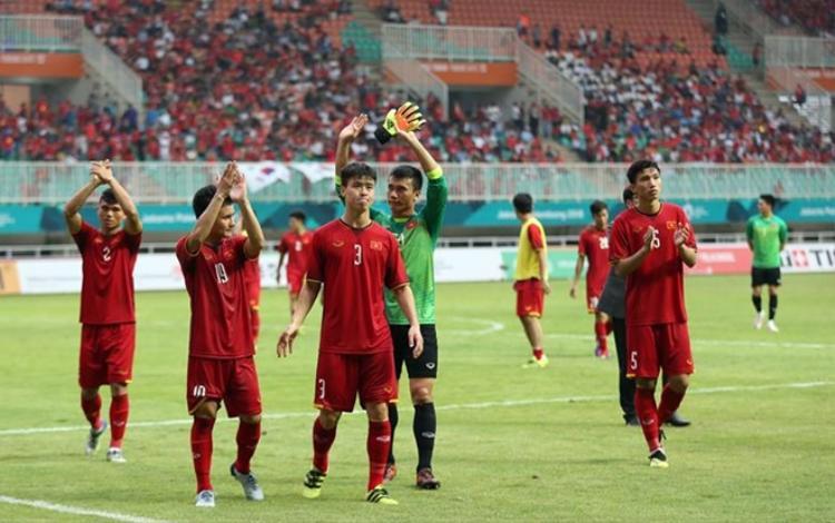 Các cầu thủ U23 Việt Nam đang được các đội bóng Thái Lan lôi kéo. Ảnh: LT