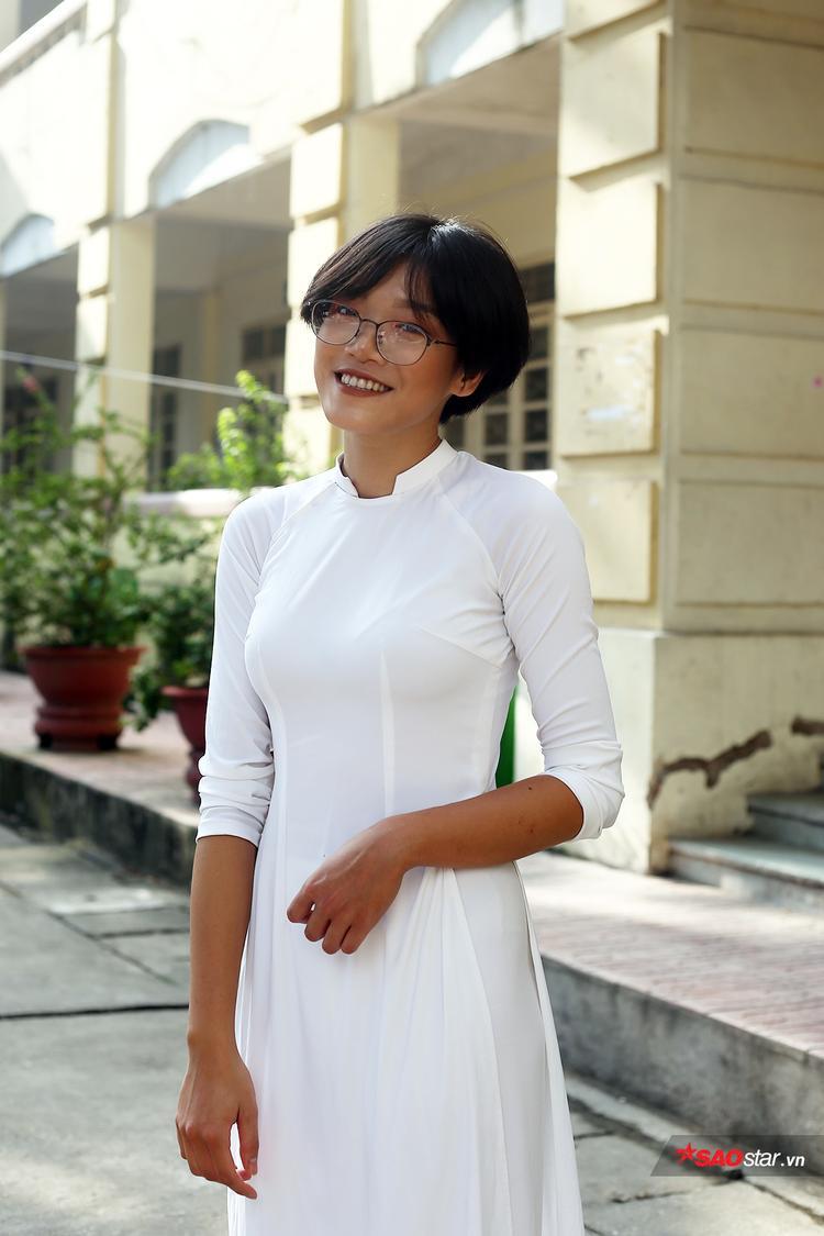 Nữ ca sĩ Nân đang là học sinh lớp 12D4 của trường THPT Việt Đức.