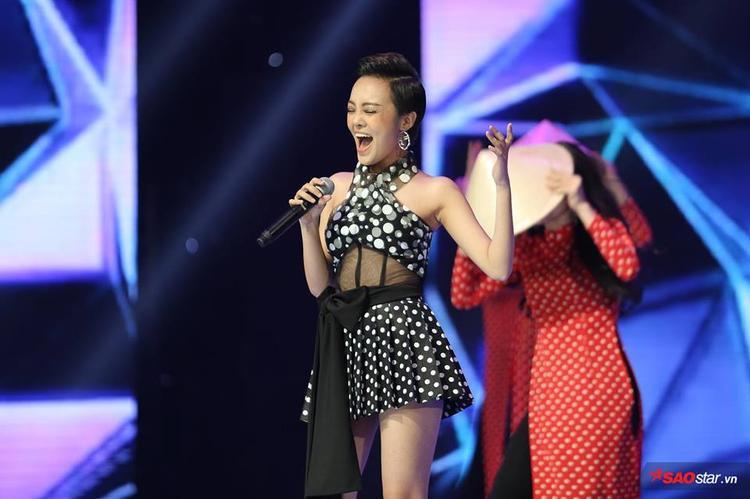 Từ sân khấu The Voice đến chung kết Siêu mẫu, Nàng việt Thái Bình vẫn không thôi khiến khán giả vỡ òa