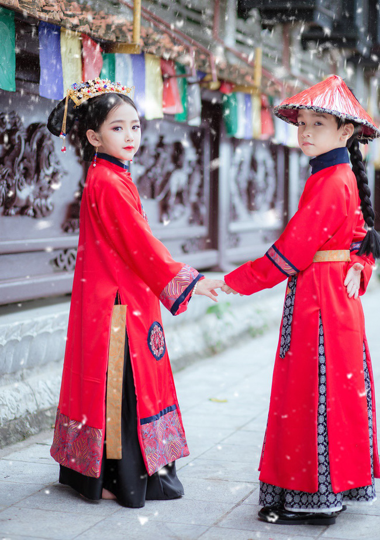 Dân mạng liên tục thả tim cho bộ ảnh cover 'Diên hy công lược' phiên bản Việt của 2 nhóc tỳ cực đáng yêu