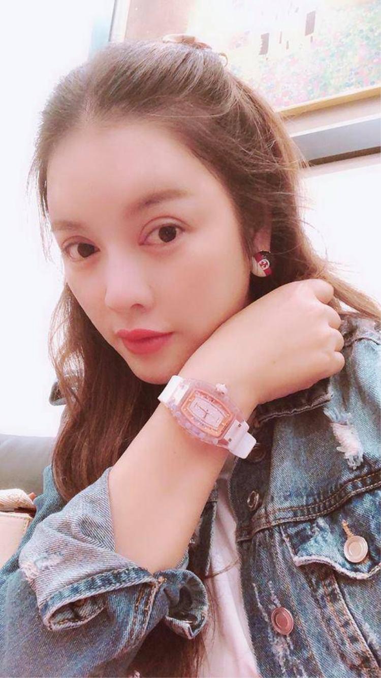 Mỗi chiếc đồng hồ có giá trị ước tính tầm 28 tỷ và đều là những thiết kế mới nhất, được giới giàu có và siêu giàu có yêu thích.
