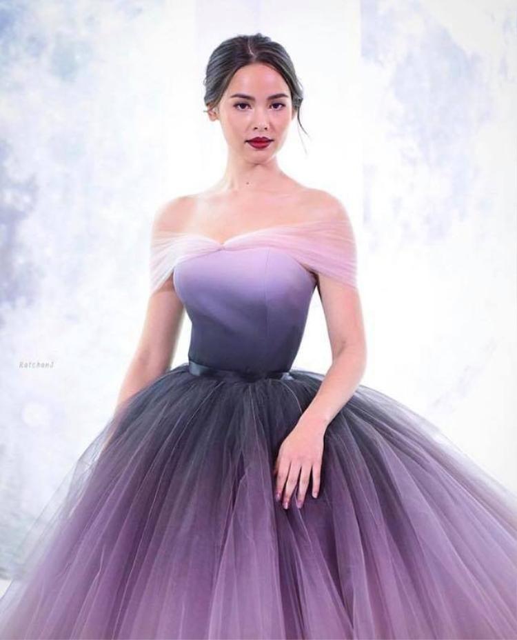 Yaya Urassaya Sperbund lọt top 500 nhân vật có ảnh hưởng đến ngành công nghiệp thời trang trên Thế giới