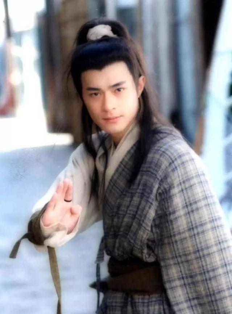 """So với """"bản chuẩn"""" của Cổ Thiên Lạc trong phiên bản 1995 thì Đồng Mộng Thực vẫn còn thua xa đàn anh."""