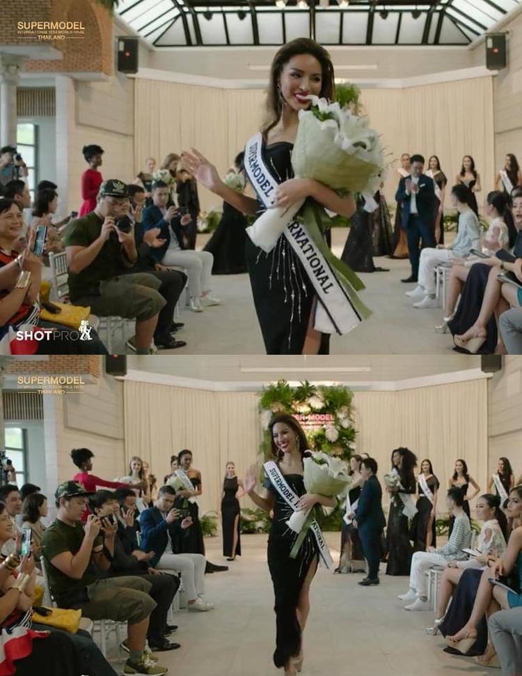 Những bước đi đầu tiên của Khả Trang với danh hiệuSupermodel International.