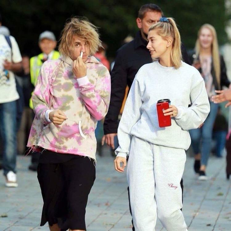 Hậu chia tay giữa Justin Bieber và Selena Gomez: Người 'lên hương' nhan sắc, kẻ 'tụt dốc' không phanh