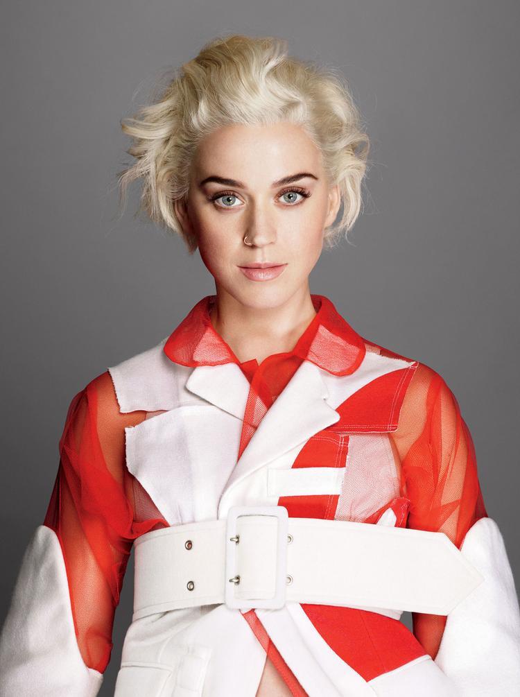 Làng pop đã mờ nhạt suốt thời gian qua, giờ thêm Katy Perry rời đi thế này lại càng thảm hơn nữa.