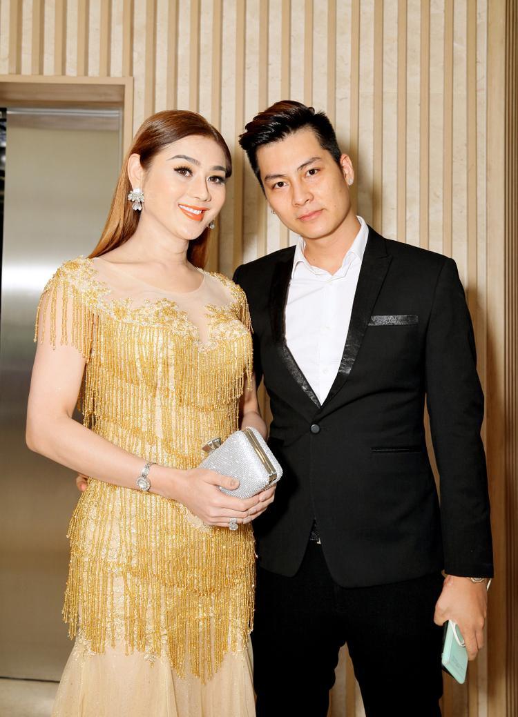 Lâm Khánh Chi chia sẻ về đám cưới lỗ: 'Mời 500, đi 650 mà chỉ có 350 phong bao thôi à'