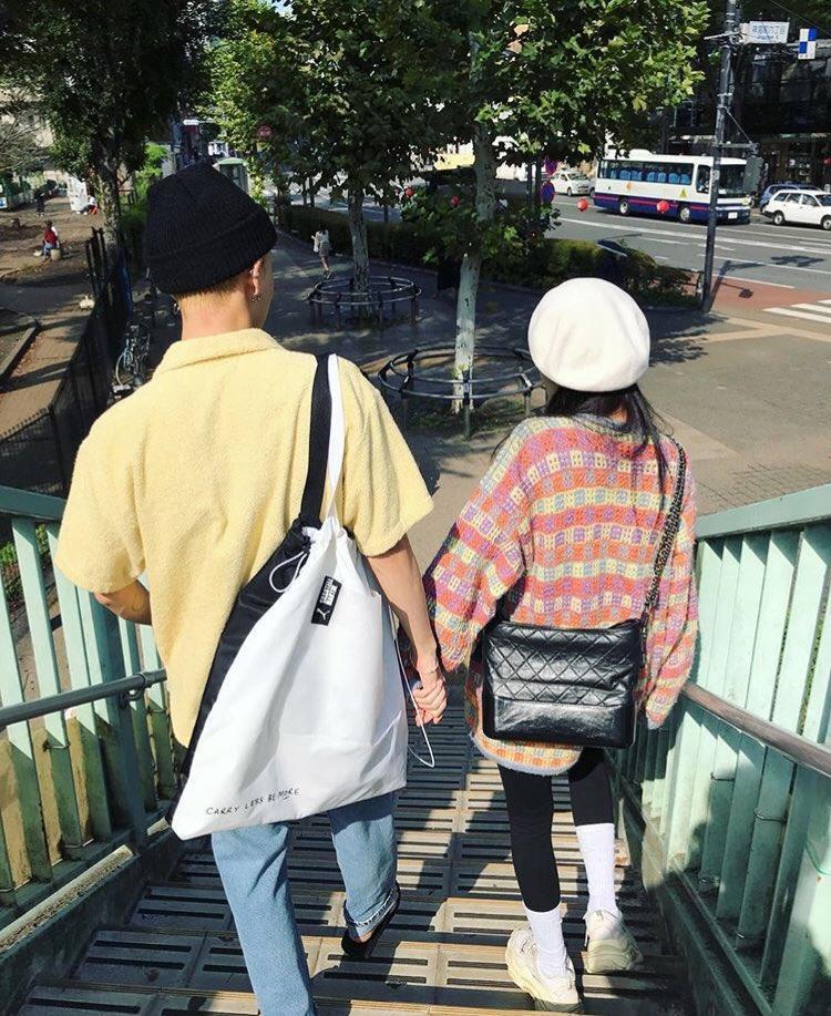 """Cặp đôi """"chị em"""" HyunA - E'Dawn công khai bày tỏ tình cảm với nhau."""