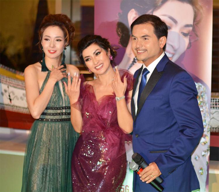Nguyễn Hồng Nhung muốn góp một phần nhỏ vào sự thành công của nghành này.