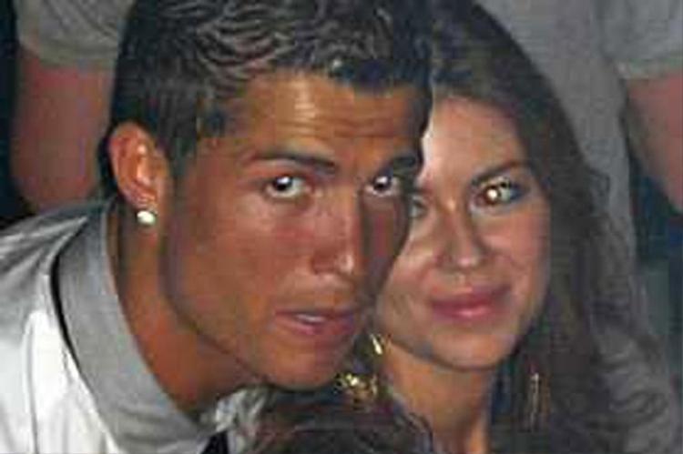 Hình ảnh ghi lại Ronaldo và cô nàng Kathryn Mayorga.