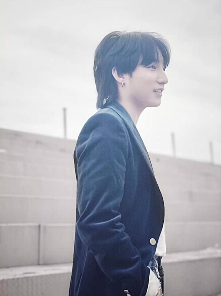 """Các fan Sơn Tùng đang rất """"hóng"""" bản full của ca khúc được anh chàng cho ra mắt."""
