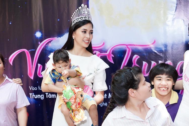 """Sau nhiều năm các người đẹp Việt """"lên rừng"""" trèo đèo vượt suối tìm cảm hứng mới, liệu câu chuyện tiếp theo đại diện Việt Nam mang tới Hoa hậu Thế giới 2018 là gì?"""