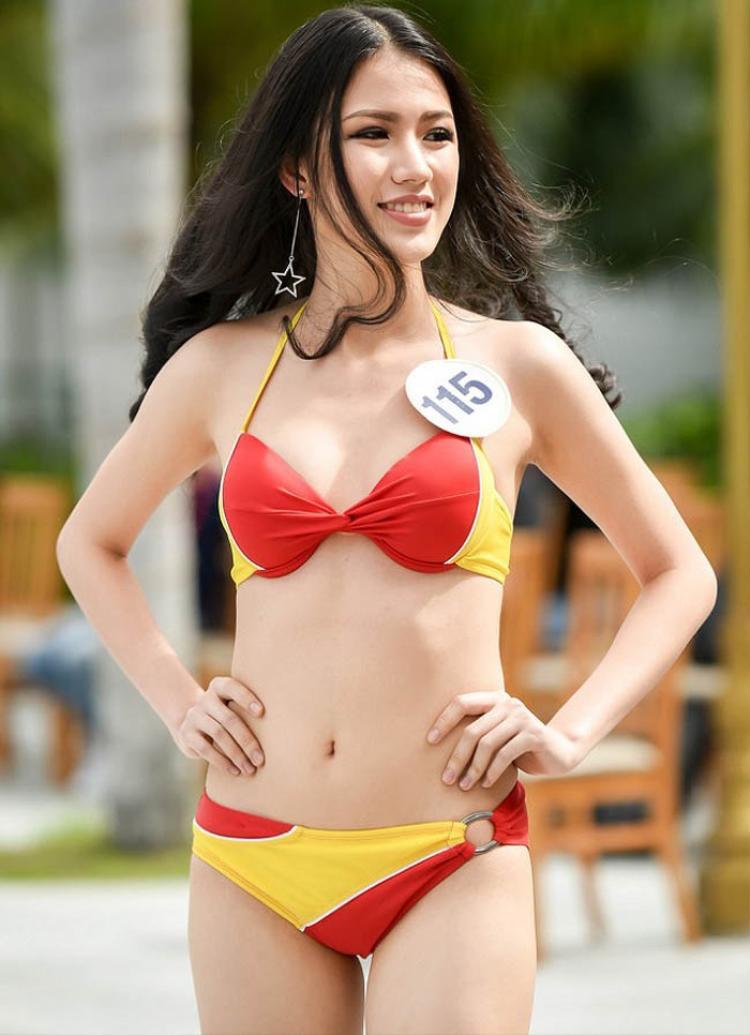 Vóc dáng nóng bỏng của Tuyết Trang chắc chắn khiến nhiều người ngây ngất.