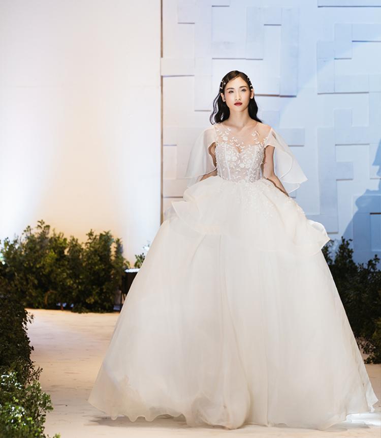 Những nàng dâu điệu đà sẽ phải mê mẫu váy thần tiên này