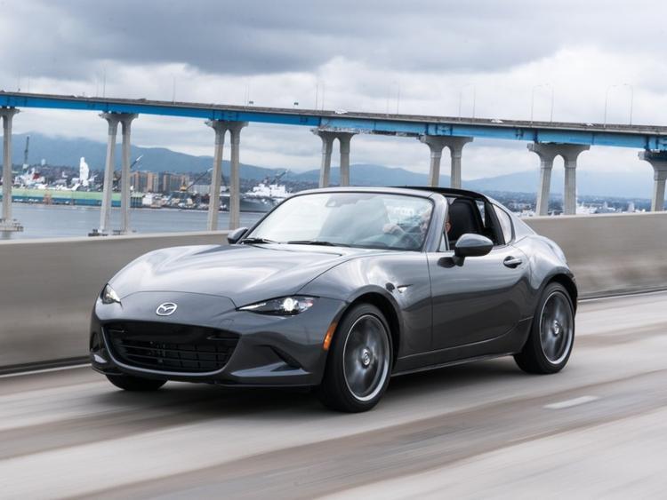 Tạp chí tiêu dùng uy tín công bố 10 mẫu xe hơi đáng tin cậy nhất năm 2018