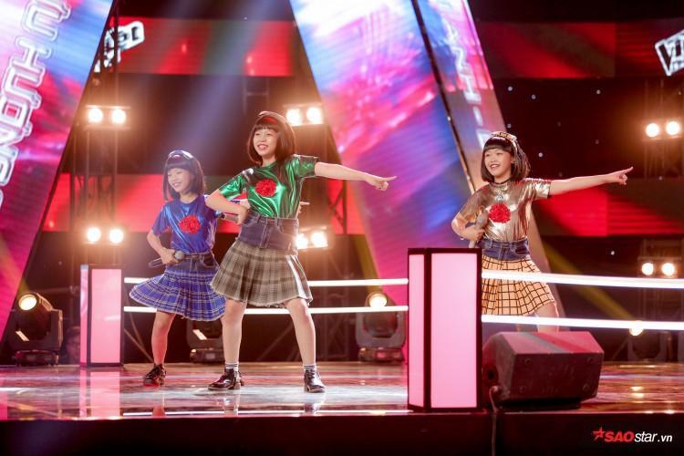 Khoác áo mới cho Đóa hoa hồng tại The Voice Kids 2018, Hồ Hoài Anh  Lưu Hương Giang nhận ngay feedback từ Chi Pu