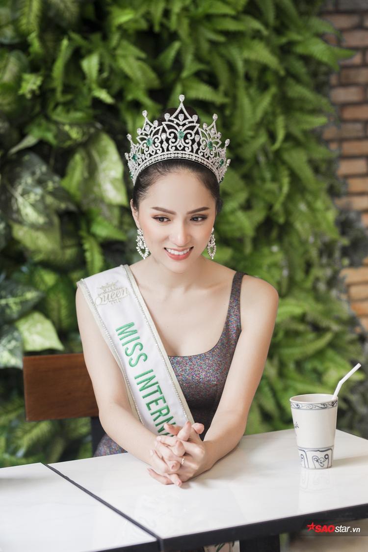 Được trò cưng chị đại Lukkade cầu hôn, hoa hậu Hương Giang thảng thốt lên tiếng