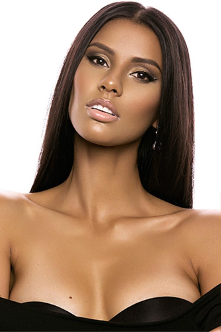 Đương Kim Hoa hậu Hoàn vũ Nam Phi.