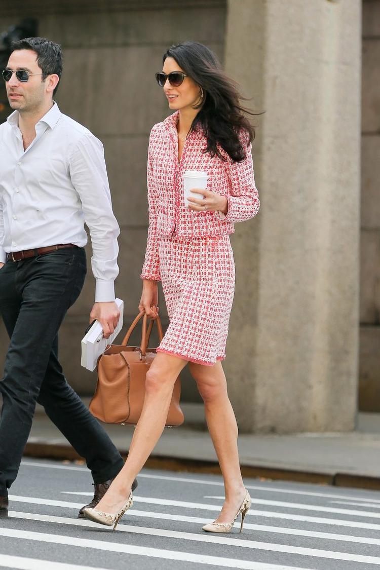 Nữ luật sư Amal Alamuddin Clooneycó sức ảnh hưởng thời trang không thua kém bất kỳ ngôi sao Hollywood nào.