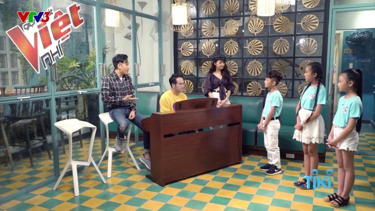 … và khéo léo khắc phục khuyết điểm giọng hát của học trò Bảo Anh - Khắc Hưng.