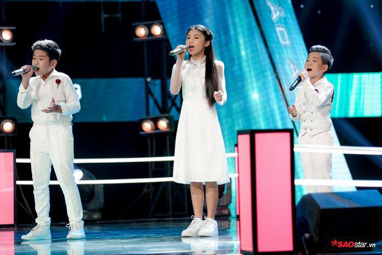 Học trò Bảo Anh hát Đứa bé đầy xúc động nhưng Soobin Hoàng Sơn lại cười nhất vì ông cụ non diễn sâu này